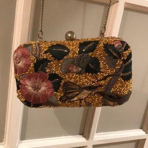 Zara chain clutch
